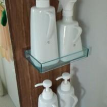 シンプルで可愛いのに取手つきで便利!陶器のシャンプー詰め替えボトル(ディスペンサー)