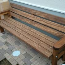 簡単組み立て!安くて可愛いウッドプランターとウッドベンチ