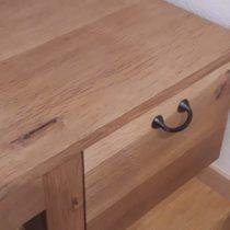ヒビ割れ?!キズ?!やってはいけない補修法 木製・無垢家具をお手入れして美しく保つ方法~その2~